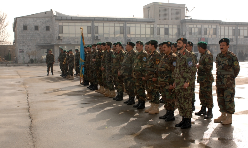 officier afghan .jpg